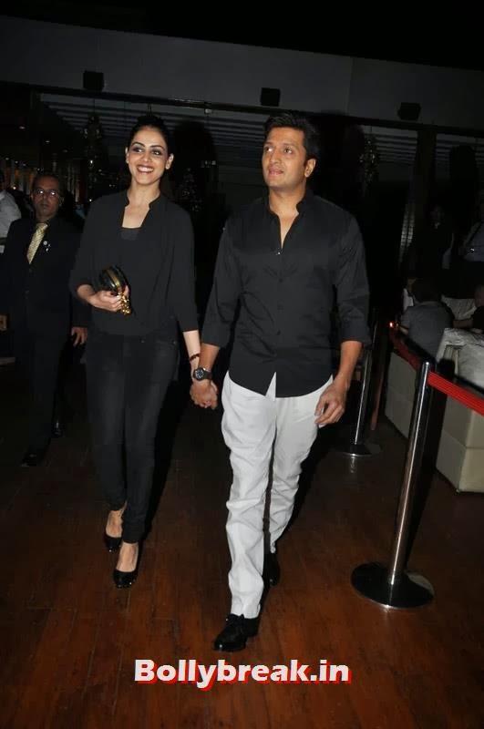 Genelia D'Souza and Riteish Deshmukh, Karishma Tanna's Birthday Bash Pics