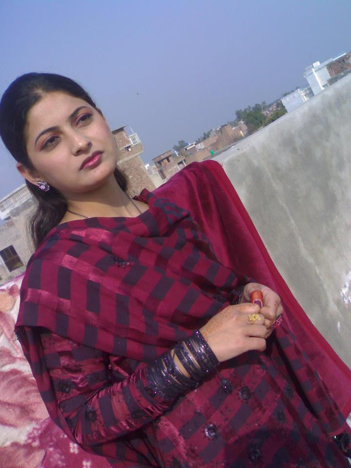 Dancing Girl Wallpapers For Mobile Phones City Mianwali Super Hottest Beautiful Indian Pakistani