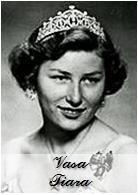 http://orderofsplendor.blogspot.com/2015/12/tiara-thursday-vasa-tiara.html
