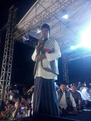 Ribuan Warga Duri Hadiri Tabligh Akbar Ustadz Abdul Somad di Terminal Bestari Duri