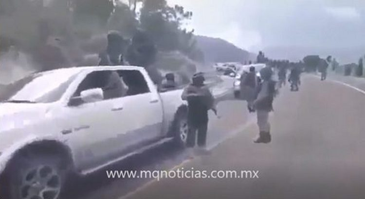 Policía Cibernética investiga video donde CJNG patrulla sus territorios empecherados y armados.