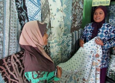 batik tulis cirebon pewarna alam