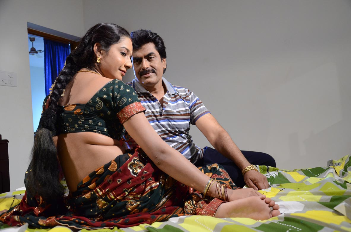 Pachai Drogam Tamil Movie Sexy Photos