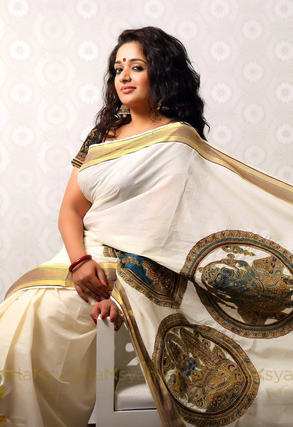 In Saree Tamanna In Himmatwala: Kavya Madhavan In Kerala Set Saree Stills