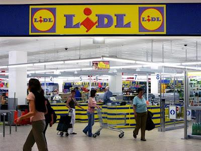ΗΓΟΥΜΕΝΙΤΣΑ - Πωλητή/Ταμία αναζητούν τα Lidl