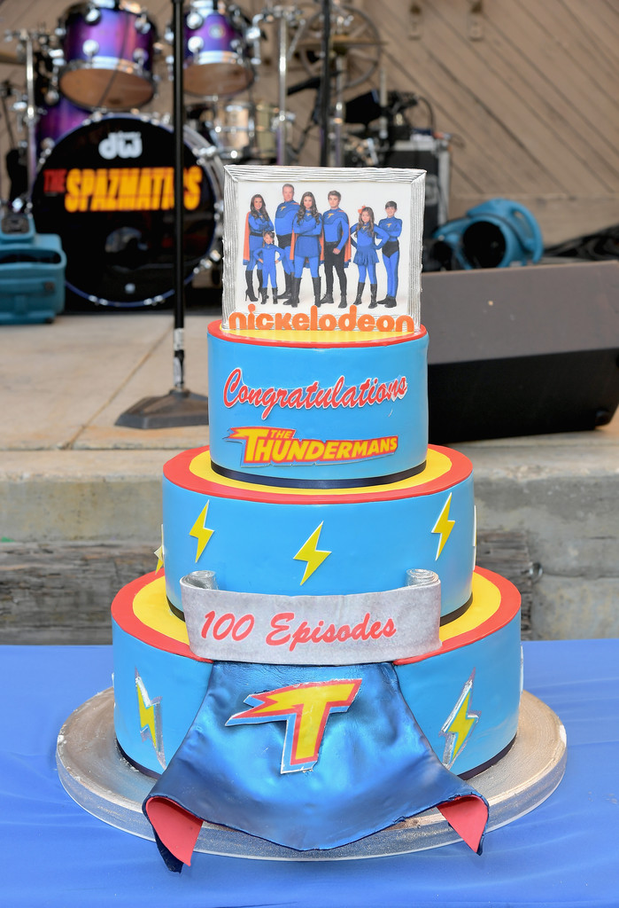 Nickalive Cast And Crew Celebrate 100 Episodes Of Quot The