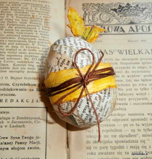 nietypowe wielkanocne jajko dla miłośników książek