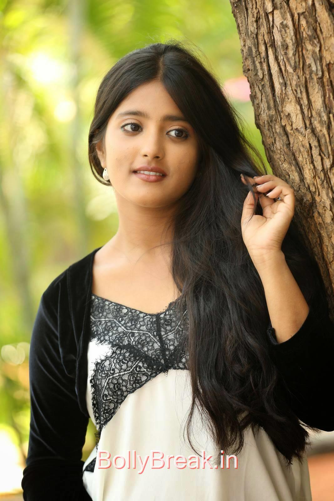 Ulka Gupta Photos, Cute, Sweet, Innocent Indian Actress Ulka Gupta hot HD Photo Gallery Pics