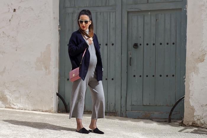Blogger influencer valenciana de moda beleza con look de embarazada ropa zara
