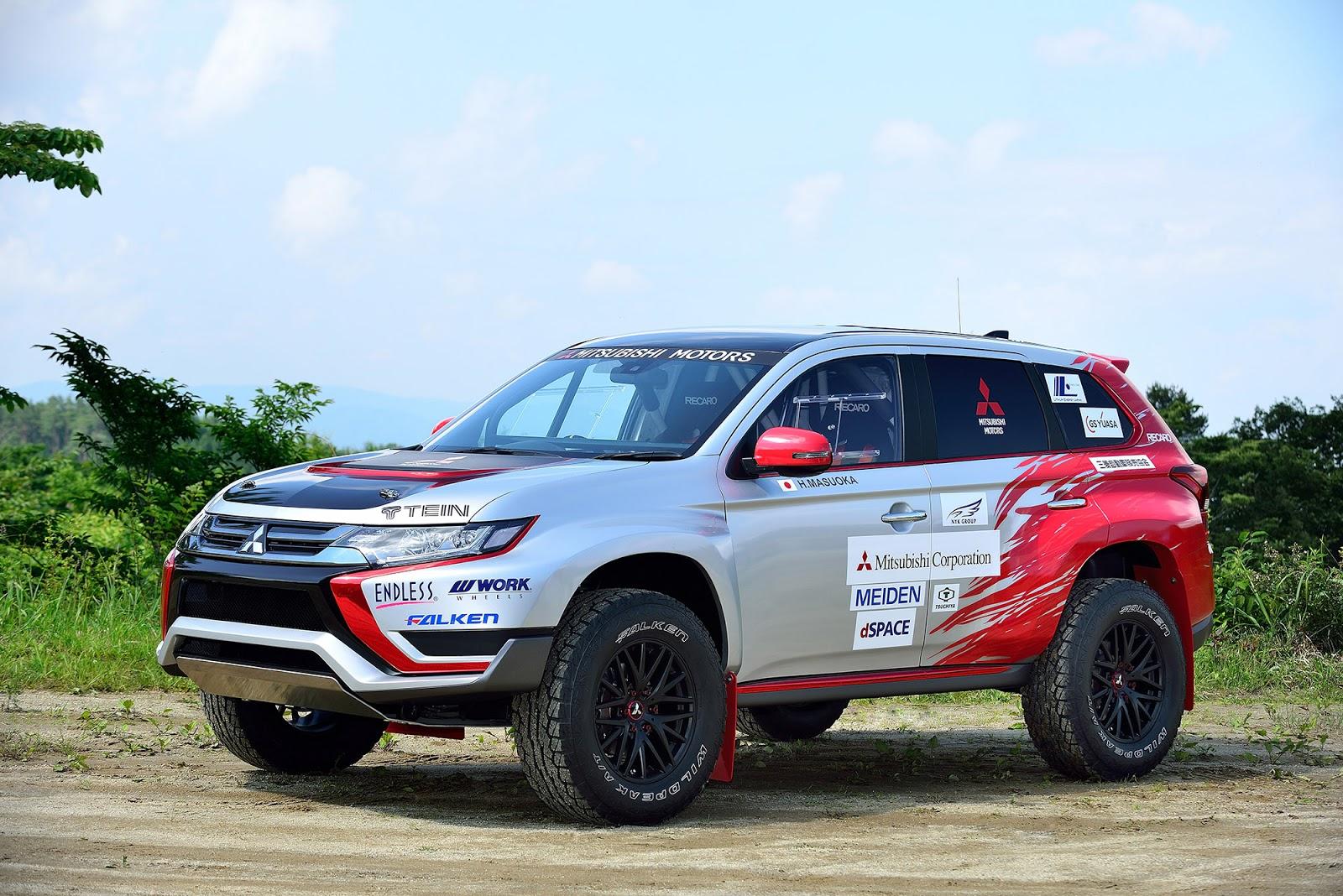 003 Η Mitsubishi συμμετέχει σε χωμάτινο αγώνα 500Km με το plug-in υβριδικό Outlander PHEV