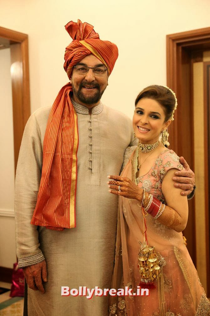 Kabir Bedi with Raageshwari Loomba, Singer Raageshwari's wedding Pics