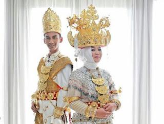 Pakaian adat Lampung Pepadun Way Kanan