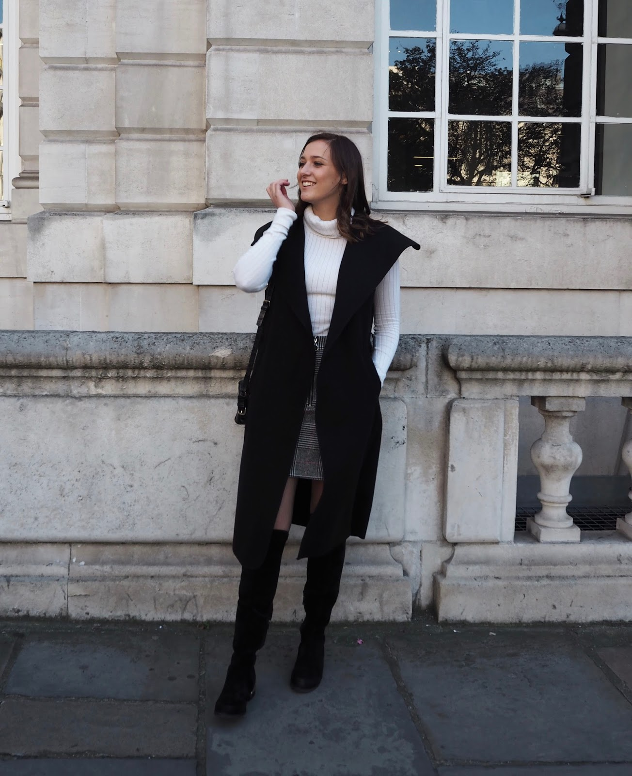 Lauren Rose Style // The Waterfall Coat MISS PAP // Street Style London Blogger Outfit Winter