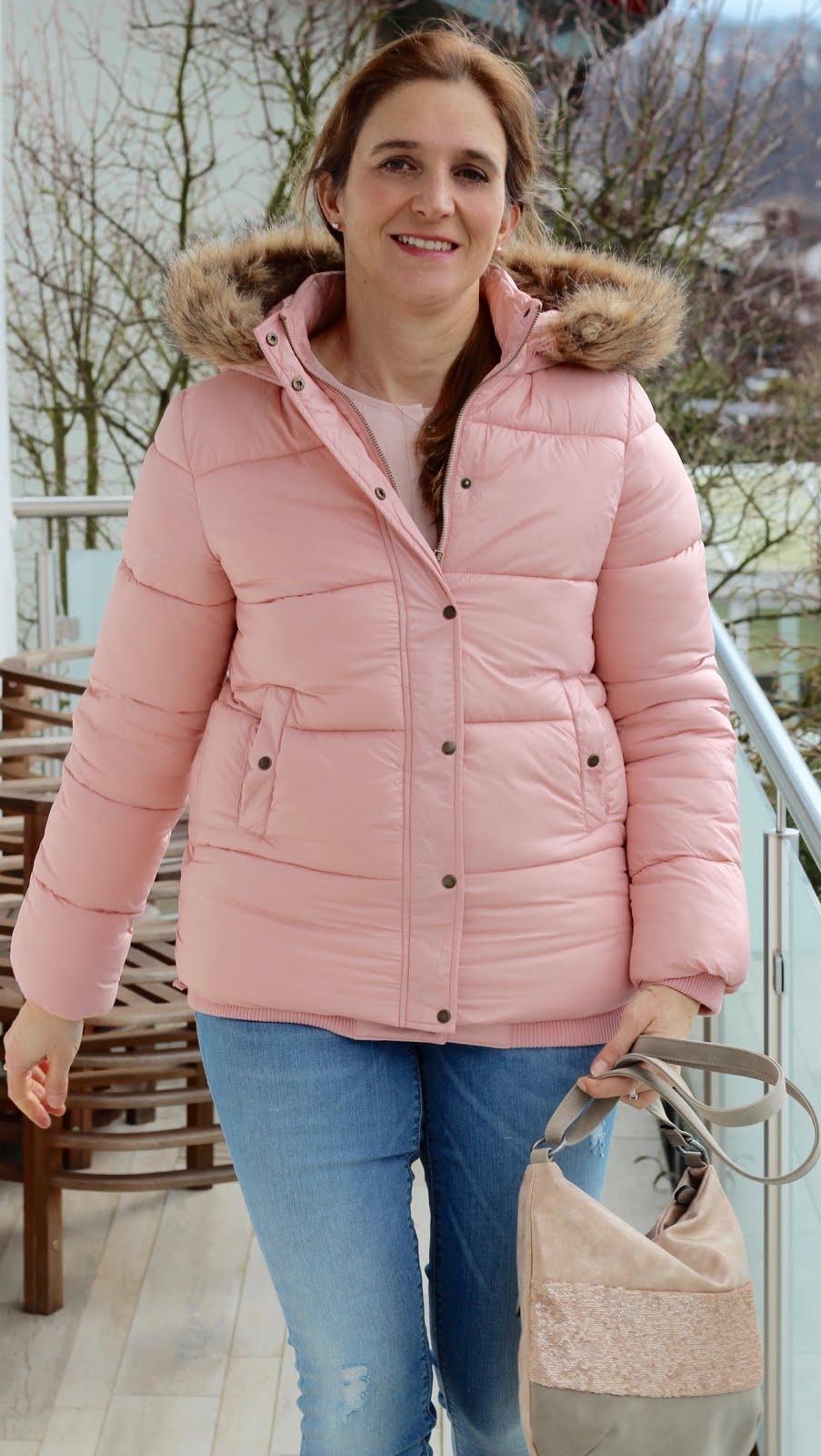 Rosa Winterjacke von Review - so kuschelig und super schön leicht und warm!
