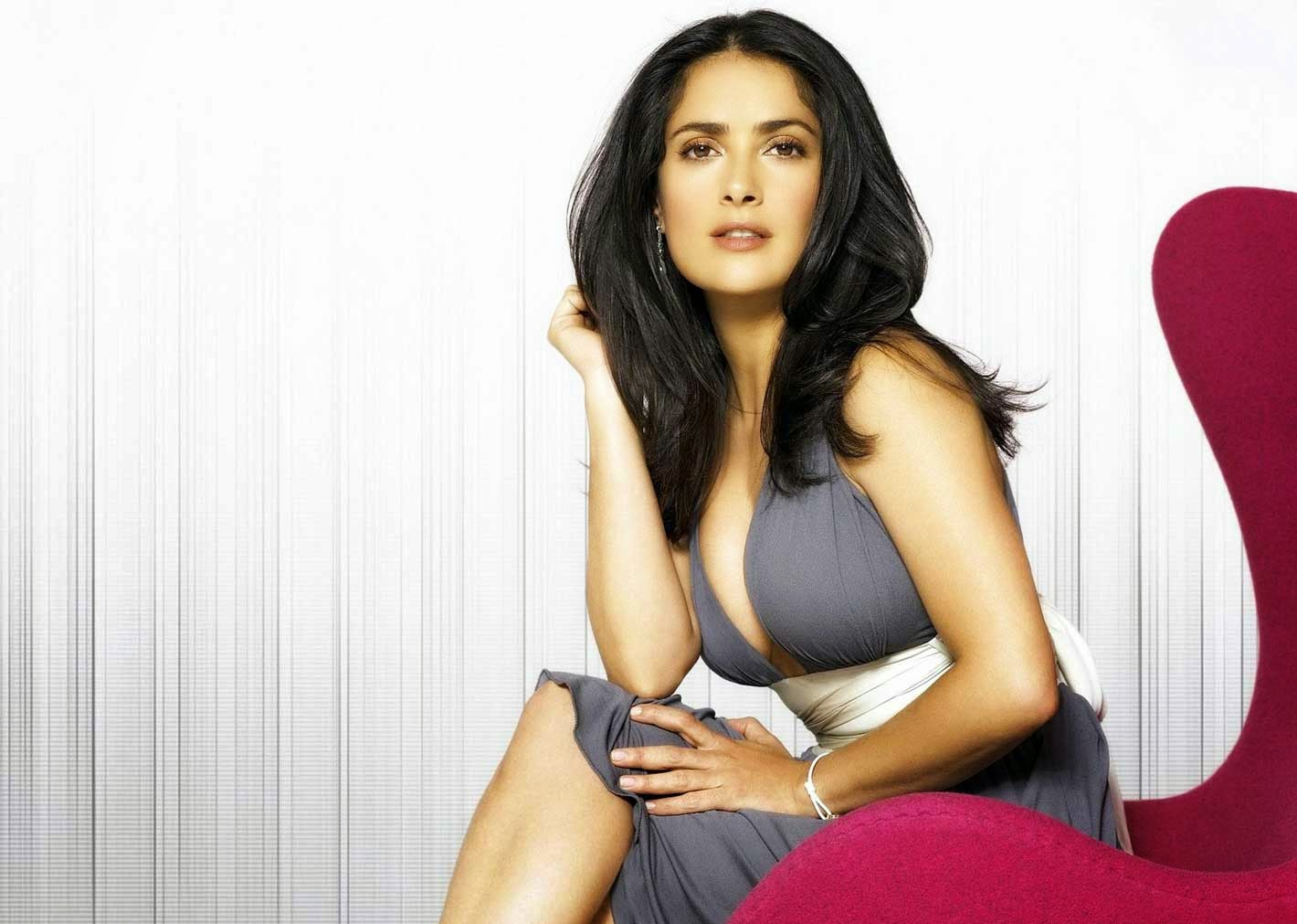 Salma Hayek Beautiful Wallpaper