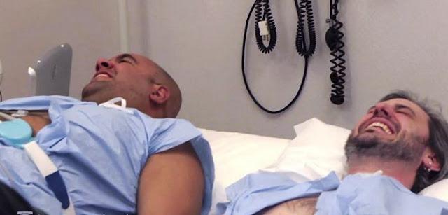 Homens resolvem experimentar  a dor do parto