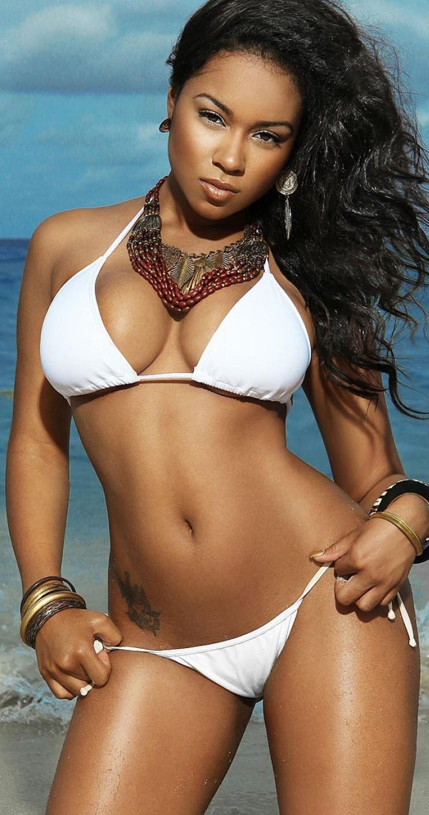 Sexy Latina Babe Vivi Spice