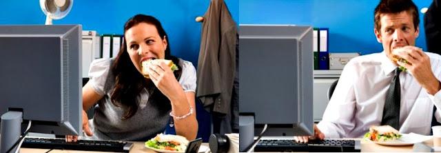 Oficina computadora comiendo malo salud