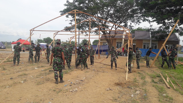 TNI Dirikan Kelas-Kelas Darurat di Kabupaten Sigi