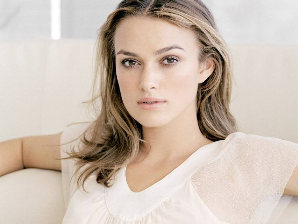 Keira Knightley Biography And Beautiful Latest Hot Images -7560