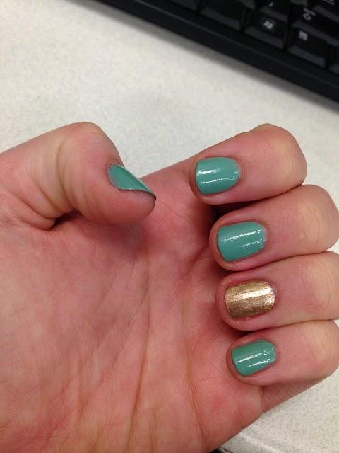 Christmas Nails | Blogmas Day 15!