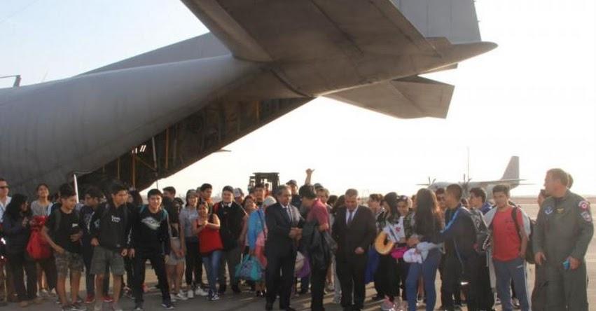 Regresa al Perú último grupo de escolares varados en Ecuador, informó el Ministerio de Educación