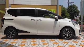 Kelebihan Mobil Toyota Sienta 2018 Dari Desain, Fitur, Interior dan Performa Mesin