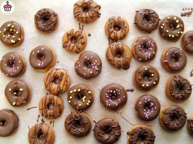Donut maker recipe || Recette de donuts pour machine à donuts