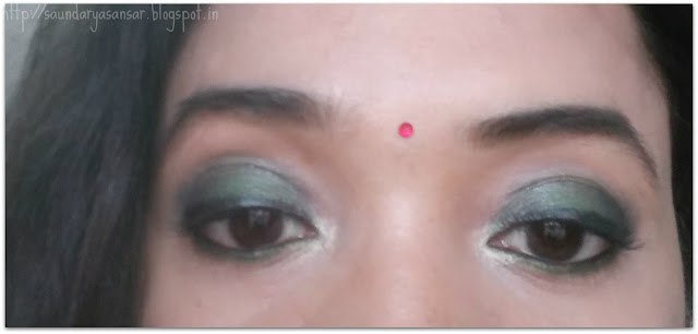 Lakme Eyeconic Green and Soultree Khol In Grey Glow swatches review, makeup look