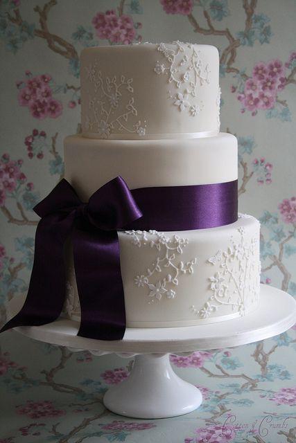 Beautiful bridal purple and white wedding cakes purple wedding cake ideas junglespirit Images