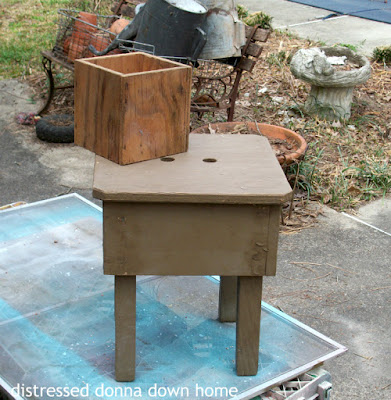 bench paint makeovers, Krylon Coll Ocean Breeze, primitive furniture