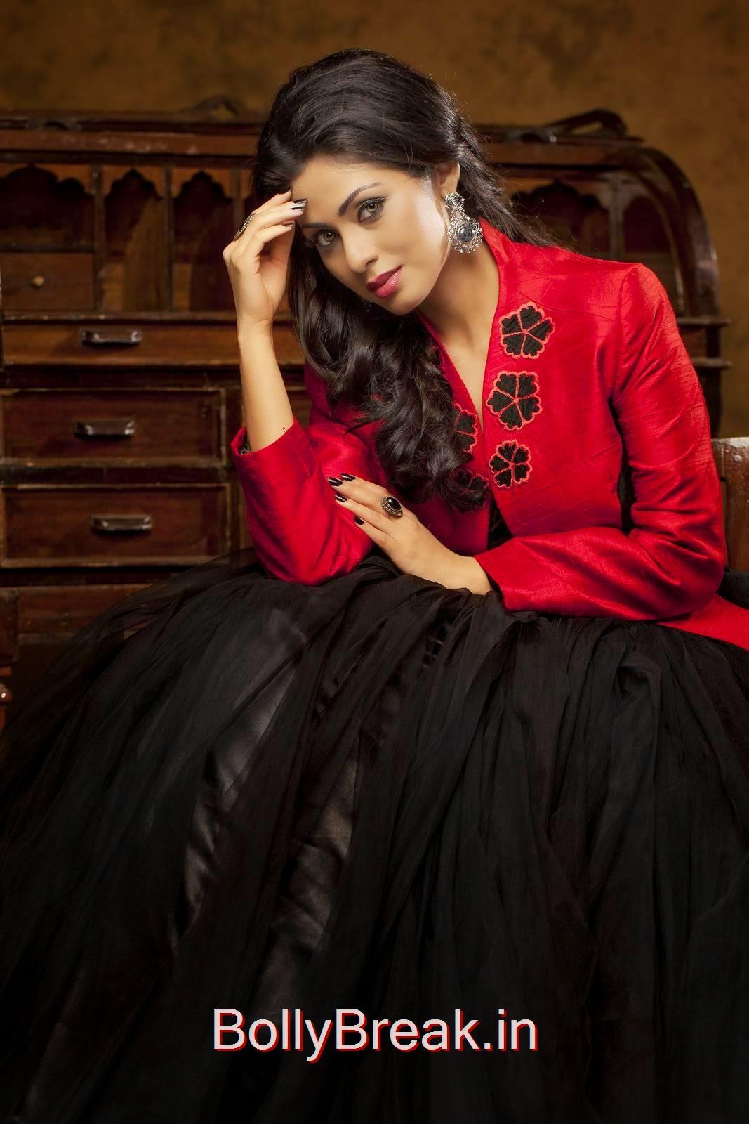 Sada images, Hot HD Images Of Sada In Red & Black Dress