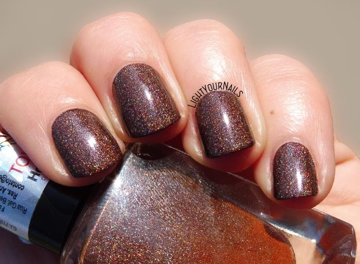 Smalto olografico marrone La Femme Elegante brown holographic nail polish