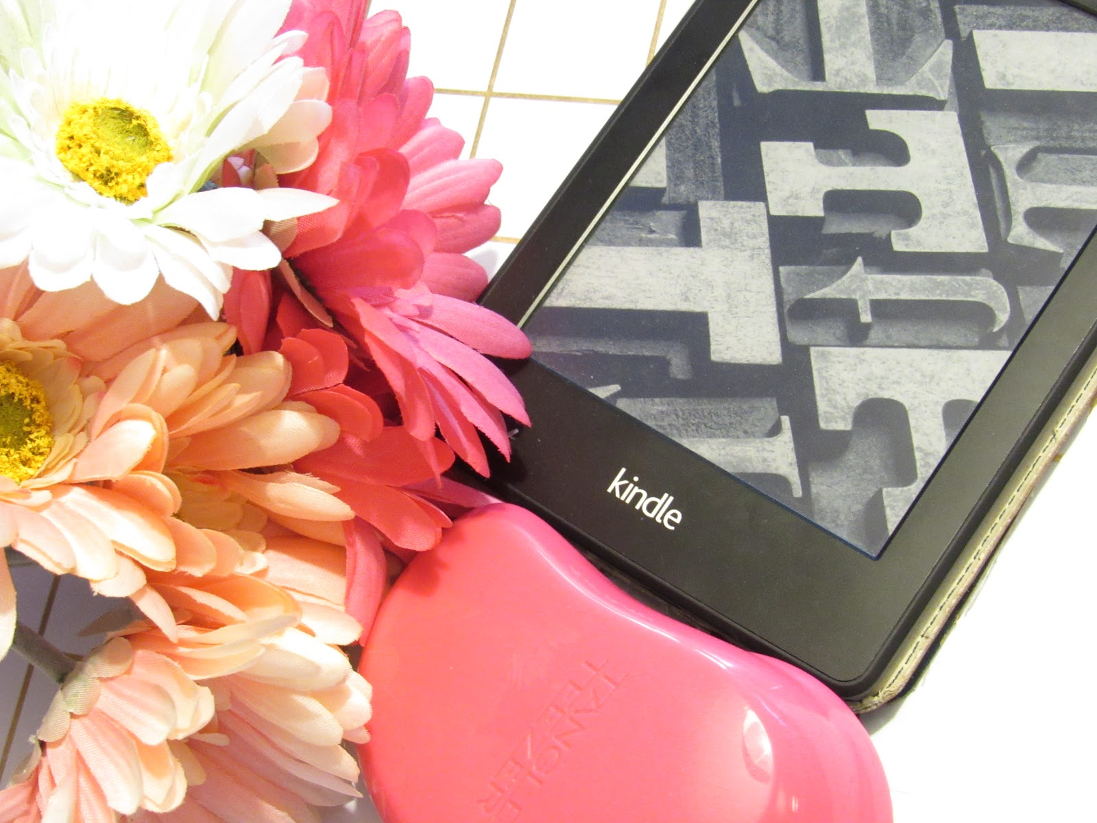 Blooming Fiction, lifestyle blog, French Kisses Book Review