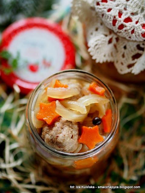marynaty, przetwory miesne, klopsiki miesno grzybowe marynowane, marynowane kulki z miesa, mieso, grzyby, na impreze