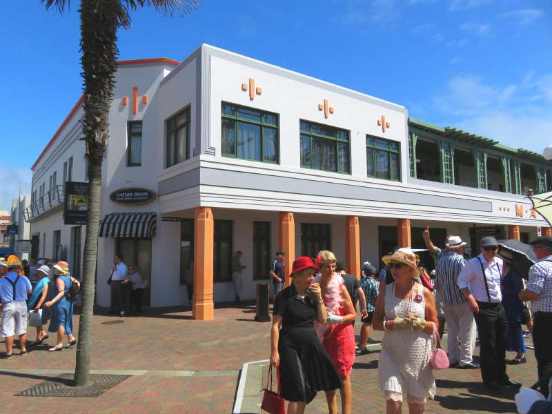 Art Deco Napier