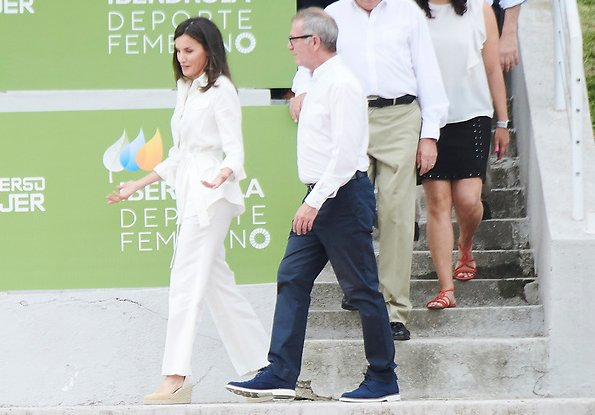 Queen Letizia wore Mint & Rose Sardinia suede shoes. at Rugby Stadium of the Complutense University