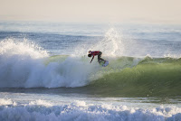 7 Mick Fanning Rip Curl Pro Portugal foto WSL Laurent Masurel