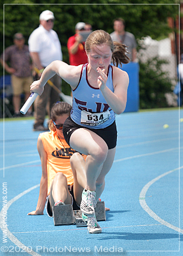Danie Kelso fires out of the blocks at state track