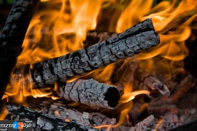menghidupkan dan istiqomah diatas sunnah Bagaikan Menggenggam Bara Api