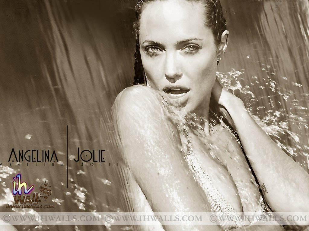 Angelina Jolie: Angelina Jolie Hot Girl Unseen Wallpapers