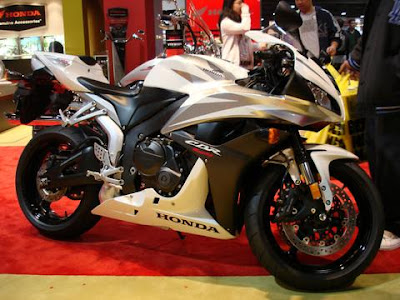 http://www.reliable-store.com/products/honda-cbr600rr-service-repair-manual-2003-2004