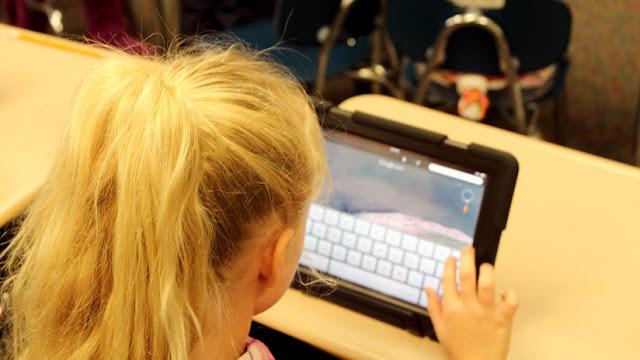 Polémica por la violación virtual en grupo al avatar de una niña de 7 años