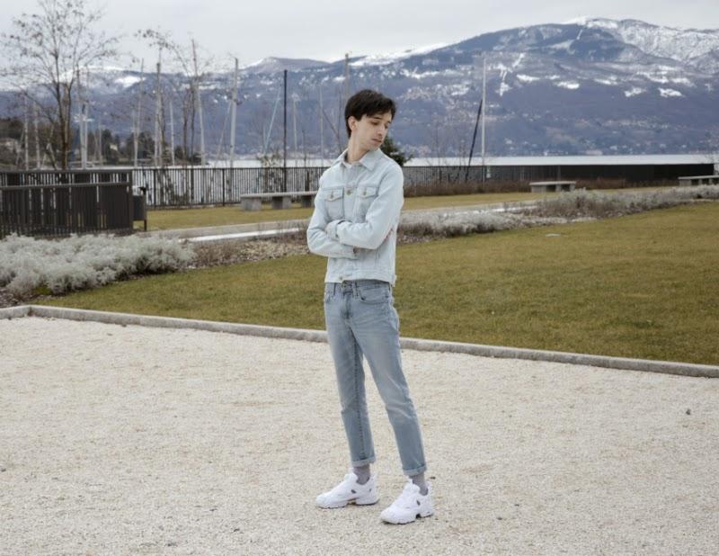 19b50d0b8db Sandro x Reebok classic sneakers - ASOS jacket - Vintage jeans