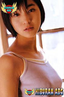 Foto-Model-Sexy-Ryoko-Hirosue-8