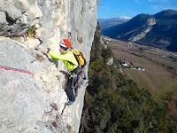 http://toso-mas.blogspot.it/2018/04/via-della-cengia-rossa-alla-parete-di.html