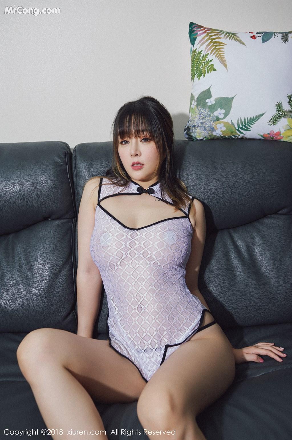 Image XIUREN-No.1127-Wang-Yu-Chun-MrCong.com-004 in post XIUREN No.1127: Người mẫu Wang Yu Chun (王雨纯) (41 ảnh)