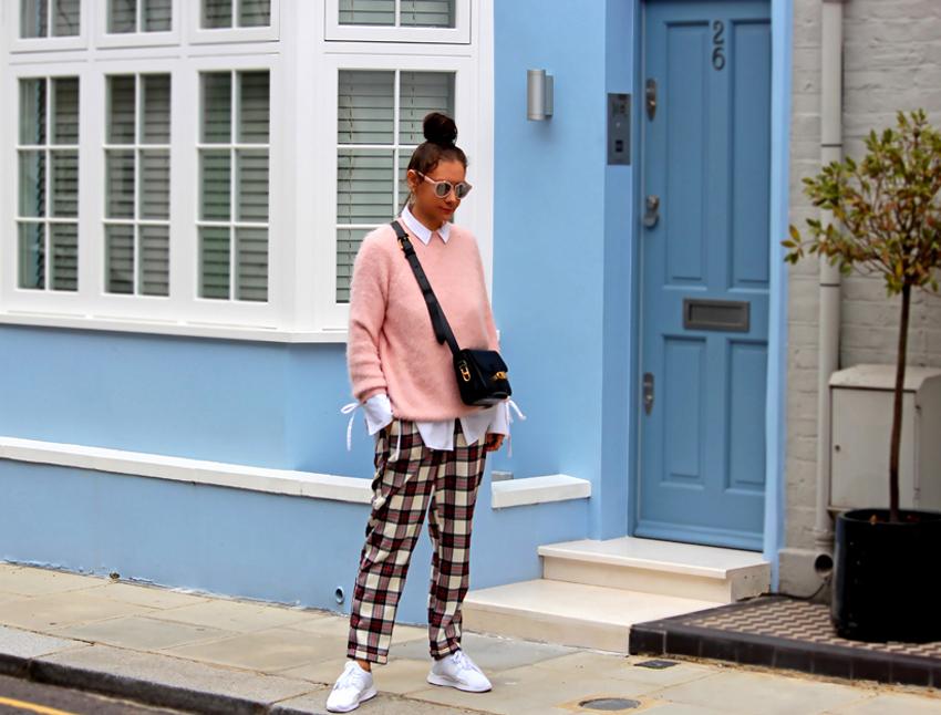 BLUE  House  //  PINK  jumper