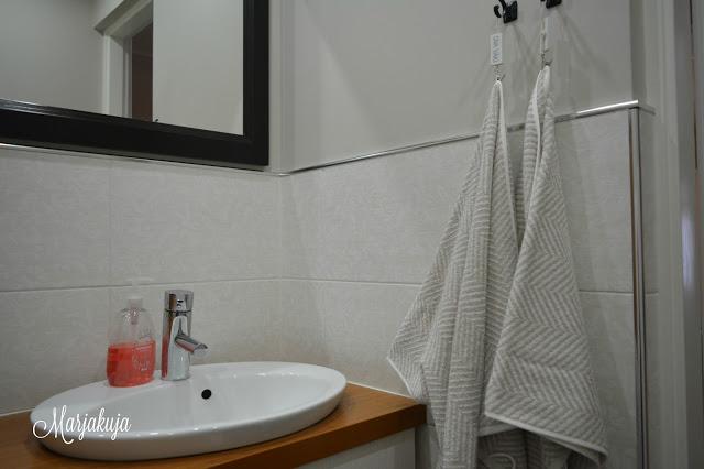 vessa wc sisustus pyyhkeet pyyhe