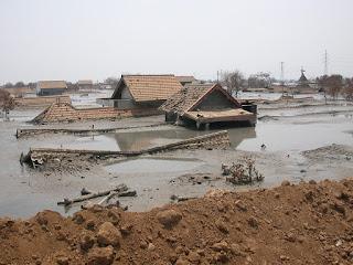 Dampak Pencemaran Tanah dan Cara Mengatasinya